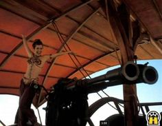 Princess Leia Organa - Star Wars - Return of the Jedi - behind the scenes Star Wars Art, Star Trek, Geeks, Por Tras Das Cameras, Princesa Leia, Star Wars Pictures, Carrie Fisher, Scene Photo, Star Wars Episodes