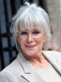 Image detail for -Linda Evans leaving the London Studios after appearing on This Morning . Divas, Silver White Hair, Men With Grey Hair, Gray Hair, Linda Evans, Beautiful Old Woman, Beautiful People, Celebrity Gallery, Star Wars