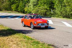 MG B aux 48h Automobiles de Troyes #MoteuràSouvenirs Reportage : http://newsdanciennes.com/2016/09/12/les-48h-automobiles-de-troyes-2016-cetaient-quatre-jours-de-bonheur/