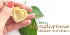 Handcreme selber machen: einfaches Rezept mit Sheabutter, Kakaobutter, Bienenwachs, Jojobaöl als pflegende Zutaten.