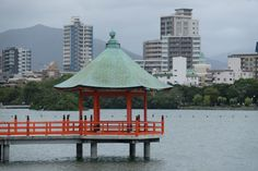 A walking tour of the parks, shrines, & temples of Fukuoka, Japan - Everybody Hates A Tourist