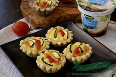 Retete Aperitive Festive Pastry And Bakery, Muffin, Food And Drink, Appetizers, Cooking Recipes, Snacks, Drinks, Breakfast, Sweet