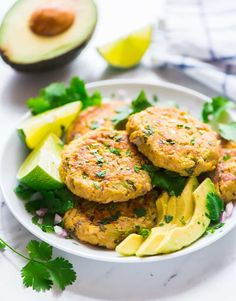 Easy Baked Avocado Tuna Cakes. Healthy, low carb, and DELICIOUS! Creamy on the inside, crispy on the outside. A simple, yummy, budget-friendly meal. This is the best recipe with canned tuna! Recipe at wellplated.com | @wellplated