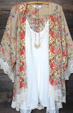 floral scalloped kimono