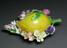 A Meissen Fruit-Shaped Box with Flowers: Pear Fine Porcelain, Dresden, Vintage Ceramic, Pear Shaped, Art Decor, Art Pieces, Lemon, Pottery, China