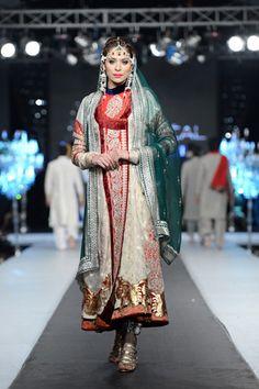 Ali Xeeshan Collection 2012 At L'Oreal Paris Bridal Week 2012 007 Latest Pakistani Fashion, Pakistani Outfits, Asian Fashion, Indian Outfits, Ali Xeeshan, Bridle Dress, Pakistan Bride, Asian Inspired Wedding, Pakistan Fashion