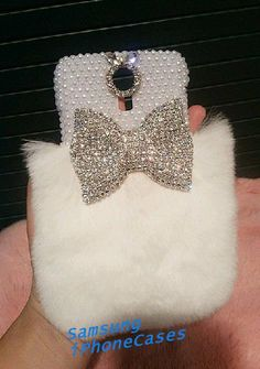 For Mobile Phone Rhinestones Bling Lovely White Fluffy Fur Chic Bow Cover Case Girly Phone Cases, Iphone Case Covers, Sparkle Crafts, Coque Smartphone, Phone Accesories, Diy Case, Fur Accessories, Mobile Covers, Bling