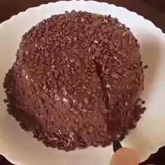 Chocolate Volcano🤤 The perfect combination of black and white chocolate🥰🥰 . Delicious Chocolate, Delicious Desserts, Yummy Food, Tasty, Party Desserts, Dessert Recipes, Chocolate Volcano, Lava Cakes, Something Sweet
