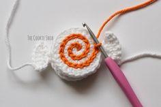 Valentine Candies - The Cookie Snob Crochet Doll Tutorial, Crochet Keychain Pattern, Crochet Bikini Pattern, Crochet Cake, Crochet Bows, Free Crochet, Crochet Craft Fair, Crochet Crafts, Crochet Projects