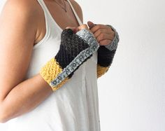 Knit mittens fingerless gloves in black dark grey grey by homelab