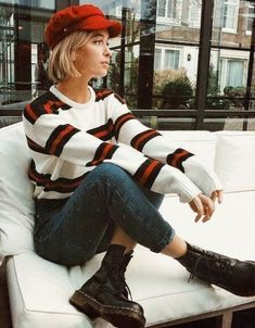 Details about brandy melville white/red/navy striped cotton crewneck Bernadette . - Details about brandy melville white/red/navy striped cotton crewneck Bernadette sweater NWT – Source by leablank - Retro Outfits, Casual Outfits, Cute Outfits, Vintage Hipster Outfits, Grunge Outfits, Street Style Inspiration, Mode Inspiration, Autumn Inspiration, Grunge Look