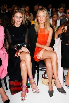 """vogue-at-heart: """" Olivia Palermo & Camille Rowe - Front Row at Christian Dior Spring 2015 """" OP Olivia Palermo Stil, Olivia Palermo Lookbook, High Fashion, Fashion Show, Paris Fashion, Celebrity Look, Spring Summer 2015, Front Row, Female Models"""