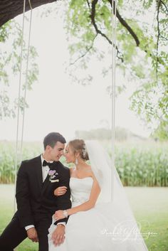 Make a swing to fit Bride and Groom