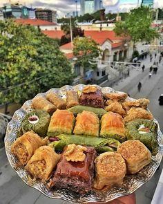 Lebanese Recipes, Turkish Recipes, Turkish Baklava, Turkish Sweets, Turkish Tea, Turkish Breakfast, Turkish Kitchen, Food Platters, International Recipes