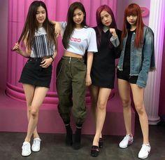 I love you Blackpink MY queen best girl group Kpop Girl Groups, Korean Girl Groups, Kpop Girls, Kim Jennie, Blackpink Fashion, Fashion Outfits, Oppa Gangnam Style, Kpop Mode, Black Pink Kpop