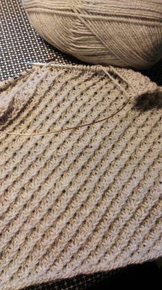 Lær Daisy mønster strik (starstitch) forklaring med billeder. DIY Knitted Washcloths, Knitted Blankets, Merino Wool Blanket, Knitting Stitches, Knitting Patterns, Crochet Patterns, Knitting For Beginners, Diy Projects To Try, Washing Clothes