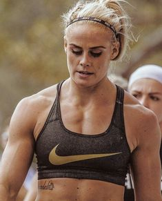 Crossfit Lifts, Crossfit Women, Crossfit Gym, Ripped Women, Ripped Girls, Sara Sigmundsdottir, Chico Fitness, Fitness Facts, Athletic Girls
