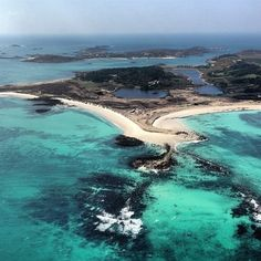 Tresco from the sky, Isles of Scilly, Cornwall, England Beautiful Places To Visit, Wonderful Places, Places To See, Scilly Island, British Beaches, Cornwall England, British Isles, That Way, Travel Inspiration