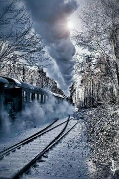Steam Powered Locomotive in winter. Image Train, Old Trains, Train Pictures, Winter Scenery, Winter Pictures, Train Tracks, Model Trains, Belle Photo, Trekking