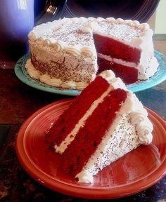 Katie loves:  Slow Cooker Red Velvet Cake #holidaycottages