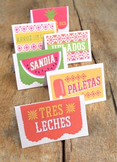 Print and make your own party food signs - perfect for a Mexican buffet or menu! https://happythought.co.uk/product/mexican-food-drink-signs
