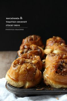 macadamia and toasted coconut sticky buns // Brunch// Breakfast Brunch Recipes, Breakfast Recipes, Dessert Recipes, Breakfast Ideas, Delicious Desserts, Yummy Food, Sticky Buns, Toasted Coconut, Sweet Bread