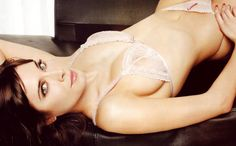Pilar-Rubio-Big-Breast-Size-after-surgery-photo
