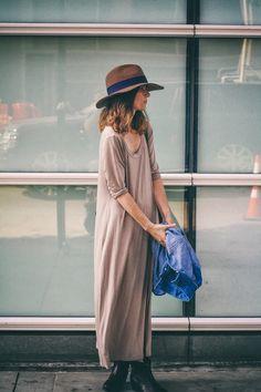 Hey Natalie Jean + Levi's #fall #fashion #street #style #dress #color #hat