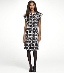 newest addition to my wardrobe..love the graphic pattern!
