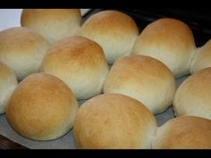 Trinidad Hops bread is very similar to Dinner Rolls or East Indian Pav. Here's what you will need to make a simple Trinidadian Hops bread. Trinidadian Recipes, Guyanese Recipes, Jamaican Recipes, Guyanese Bread Recipe, Hops Bread Recipe, Bread Recipes, Cooking Recipes, Bajan Salt Bread Recipe, Cooking Videos