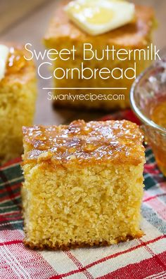 Sweet Buttermilk Cornbread: An easy homemade cornbread recipe made from scratch! This Sweet Buttermilk Cornbread is a southern recipe staple served as a side dish, appetizer or dessert next to your favorite comfort foods. This buttery oven-baked casserole Jiffy Cornbread Recipes, Best Cornbread Recipe, Cornmeal Recipes, Moist Cornbread, Buttermilk Cornbread, Homemade Cornbread, Buttermilk Recipes, Sweet Cornbread, Gourmet