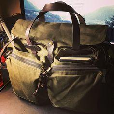 FILSON 24-HOUR TIN BRIEFCASE 最近購入したブリーフケース。 今までで一番気に入った鞄かも