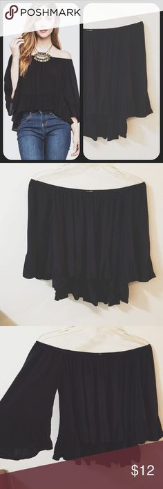 Off the Shoulder Ruffle Blouse Cute and very stylish Blouse! Excellent condition The top is Navy not black Full Tilt Tops Blouses