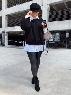5 WAYS TO WEAR SPANX LEATHER LEGGINGS   THE RULE OF 5 Fall Winter Outfits, Autumn Winter Fashion, Spanx Leather Leggings, Style Blog, Blogger Style, Errands Outfit, Trendy Girl, 5 Ways, Chic Outfits