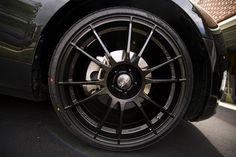felgi aluminiowe o-z ultraleggera black na samochodzie