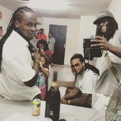 "Repost from Instagram ! #WeLike ! #Madinina by @esykennenga ""Dans les #backstage  du SUPER concert de @misie_sadik_officiel avec le @generalcrewofficial @admiralt971 @kalash972"" http://ift.tt/1Eg6dK5"