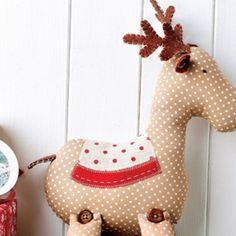 Roger reindeer Make a festive toy