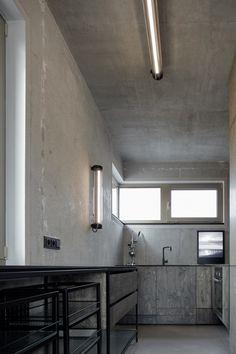 An Industrial Loft in Prague - Design Milk Interior Design Kitchen, Interior And Exterior, Loft Design, House Design, Loft Industrial, Rue Verte, Cocinas Kitchen, Cuisines Design, Interior Inspiration