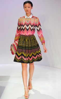 Amazing chevron print look! We love how these match without really matching. So cool! #fashion