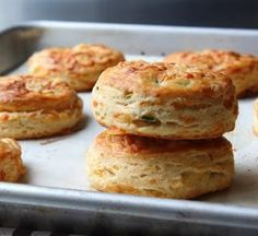 Food Wishes Video Recipes: Irish Cheddar Spring Onion Biscuits - They Only Sound Irish Cheddar Biscuits, Cheese Biscuits, Lobster Restaurant, Biscuit Bread, Homemade Hamburgers, Good Food, Yummy Food, Food Wishes, Kitchens