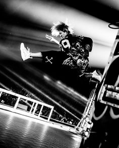 "1,033 Likes, 2 Comments - 浜野カズシ (@hamanokazushi) on Instagram: ""ONE OK ROCK ""Ambitions""JAPAN TOUR  さいたまスーパーアリーナ  photo by 浜野カズシ(@hamanokazushi) #oneokrock"""