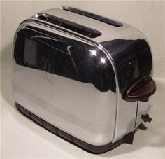 Toastmaster toaster model 1B24 from the 1950s copper