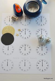 Homemade New Years Free Printable Clocks for 2015 - Clock Craft, Silver Balls, DIY Tools  #2015 #new #year