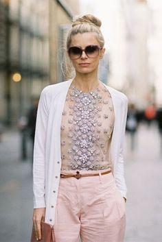 Confira muitas opções de looks para se inspirar, com a cor do ano: Rose Quartz!