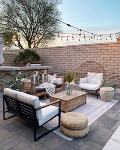 Do you love to redesign your backyard, as much as I do? I am pretty sure, the answer is a big YES :-) Here is a post related with outdoor space ideas. Resin Patio Furniture, Patio Furniture Cushions, Diy Garden Furniture, Furniture Legs, Barbie Furniture, Furniture Design, Wayfair Patio Furniture, Outside Furniture Patio, Rattan Outdoor Furniture