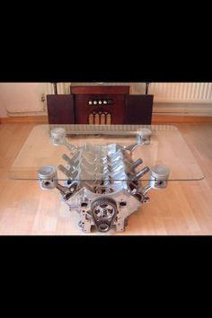 Now THAT is a coffee table !