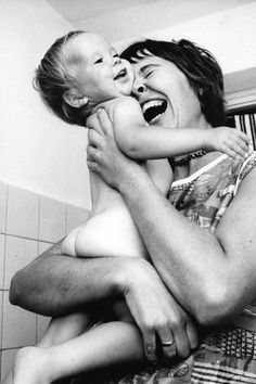Nothing butt a hug, a happy mom and a cute kid (-: (long-Lost Photos Show What Hasn't Changed About Motherhood In 50 Years) Mother Art, Mother And Father, Wow Photo, Mama Baby, Human Condition, Happy People, Mothers Love, Mommy And Me, Belle Photo