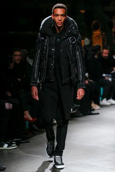 Givenchy Fall 2017 Menswear Collection Photos - Vogue