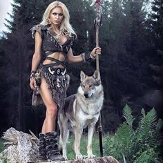 Save Gray Wolf, buy quality products and provide wolf sanctuary! - 🐺💕💃🏻Wolves and Women Images? to explore awesome wolf decor, - Xena Warrior Princess, Warrior Girl, Fantasy Warrior, Foto Fantasy, Wolves And Women, Princess Photo, Fantasy Photography, Renaissance Fashion, Halloween Disfraces