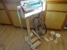 DIY Homemade spinning wheel FREE INSTRUCTIONS by HuggableEarth!